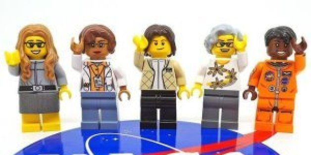 "La collection de Lego ""Women of Nasa"" illustre (depuis la gauche): Margaret Hamilton, Katherine Johnson, Sally Ride, Nancy Grace Roman et Mae Jemison."