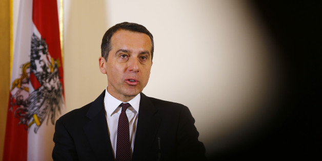 Austrian Chancellor Christian Kern addresses a news conference after a cabinet meeting in Vienna, Austria, January 30, 2017. REUTERS/Leonhard Foeger