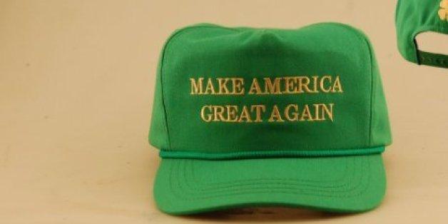 Das Trump-Team hat eine neue Mütze vorgestellt - und sich mit einem Detail darauf blamiert