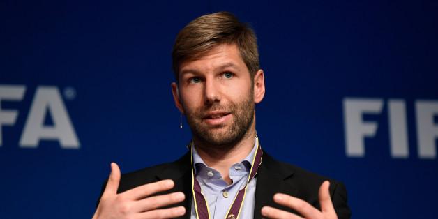 Flammender Appell: Hitzlsperger entlarvt bei Fifa-Konferenz in einem Satz, wie rückständig die Fußballwelt ist