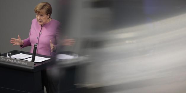 Angela Merkel während ihrer Regierungserklärung am 9. März