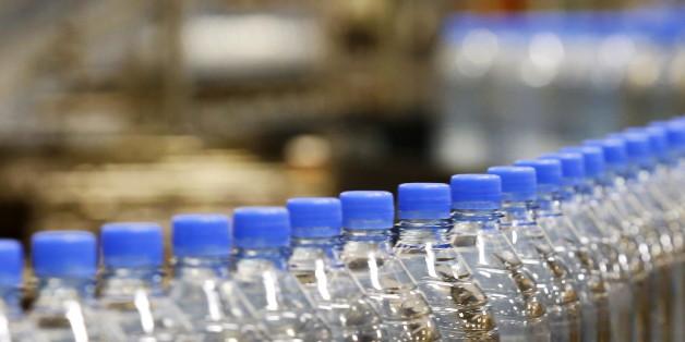 SYMBOLBILD: Steigerwald ruf seine Getränke zurück