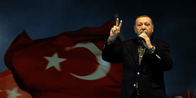 AKP-Wahlkampfauftritte in Deutschland verstoßen gegen die türkische Verfassung