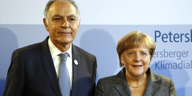 Le ministre des Affaires étrangères Salaheddine Mezouar et la chancelière allemande Angela Merkel à Berlin, juillet 2016