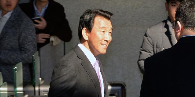 검찰 소환된 김창근 전 SK그룹 수펙스추구협의회 의장
