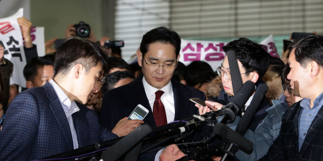 SEOUL, SOUTH KOREA - JANUARY 12:  Lee Jae-Yong, vice chairman of Samsung arrives at the office of the independent counsel on January 12, 2017 in Seoul, South Korea. The independent counsel team investigating the peddling scandal involving South Korean President Park Geun-hye and her confidant Choi Soon-sil summoned Samsung Group Vice Chairman Lee Jae-yong for questioning on charges of perjury as he allegedly lied about the money Samsung donated to Choi through multiple channels in the parliament