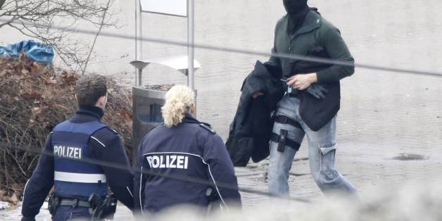 SEK-Beamte im Einsatz (Symbolfoto)