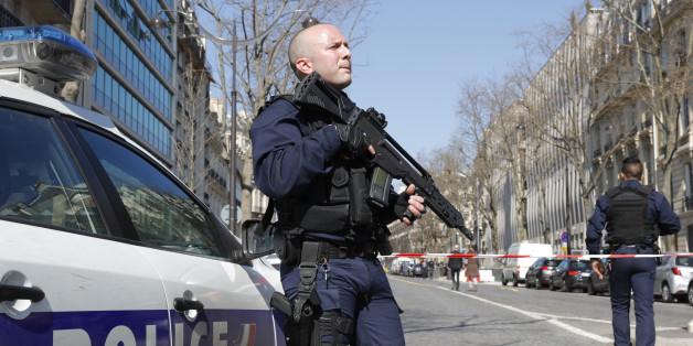 Symbolbild: Mehrere Verletzte nach Schießerei an Schule in Südfrankreich