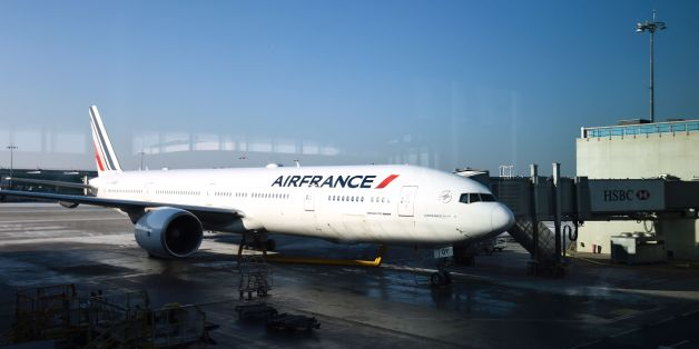 An Air France plane is parked at Roissy-Charles-de-Gaulle airport, north of Paris, on January 20, 2017. / AFP / BERTRAND GUAY        (Photo credit should read BERTRAND GUAY/AFP/Getty Images)