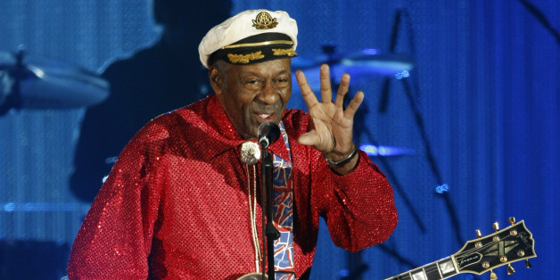 Rock and roll legend Chuck Berry performs during the Bal de la Rose in Monte Carlo March 28, 2009. The Bal de la Rose is a traditional annual charity event in aid of Foundation Princess Grace.     REUTERS/Eric Gaillard (MONACO ENTERTAINMENT)