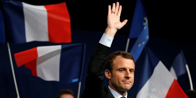 """Emmanuel Macron während eines Wahlkampfs von """"En marche!"""""""