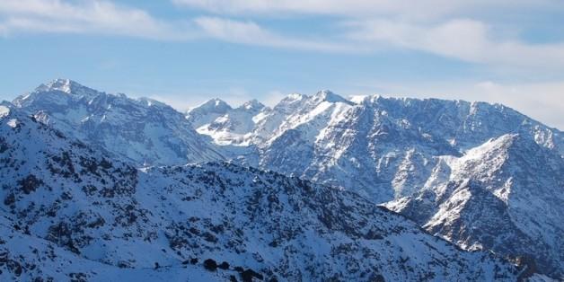 Fortes chutes de neige et rafales de vent dans plusieurs régions du Maroc