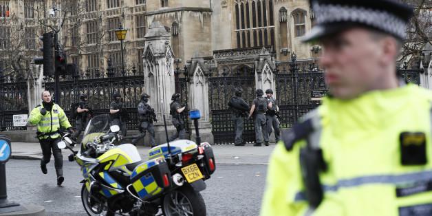 Anschlag in London: Vier Tote - darunter auch ein mutmaßlicher Attentäter und ein Polizist