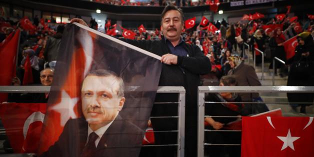 Erdogan-Anhänger in Deutschland