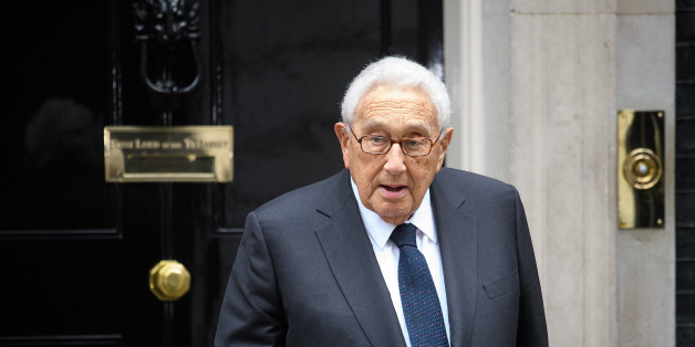 LONDON, ENGLAND - OCTOBER 25:  Former US Diplomat Henry Kissinger leaves following a meeting with British Prime Minister Theresa May at 10 Downing Street on October 25, 2016 in London, England. The former US Secretary of State is visiting the UK to help raise money for the care of and to keep open to the public Sir Edward Heath's country home.  (Photo by Leon Neal/Getty Images)