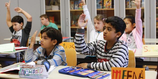 Flüchtlinge wechseln in reguläre Klassen: Lehrerverband warnt vor rassistischem Mobbing