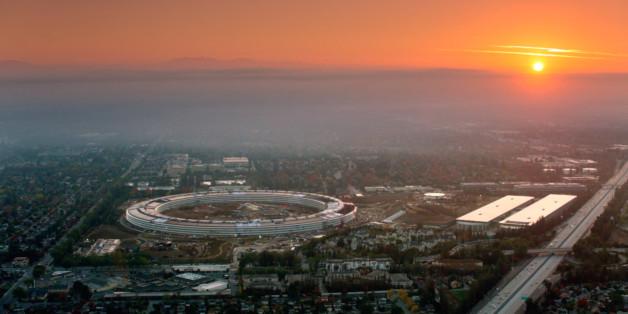 Ein Foto des neuen Hauptquartiers aus einem offiziellen Teaser. Credit: Apple Inc.