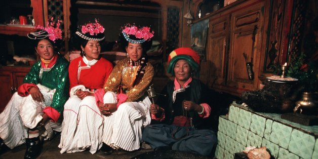 CHINA - FEBRUARY 01:  The Musuo Women'S Kingdom On January 2Nd, 2000, China. Musuo Mother And Her Young Daughters  (Photo by Patrick AVENTURIER/Gamma-Rapho via Getty Images)