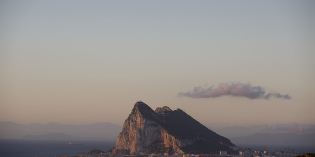 LA LINEA DE LA CONCEPCION, SPAIN - APRIL 04:  The Rock of Gibraltar stands behind La Linea de la Concepcion city on April 4, 2017 in La Linea de la Concepcion, Spain. Tensions have risen over Brexit negotiations for the Rock of Gibraltar. The European Council has said Gibraltar would be included in a trade deal between London and Brussels only with the agreement of Spain. While former Conservative leader Michael Howard claimed that Theresa May would be prepared to go to war to protect the territory.  (Photo by Pablo Blazquez Dominguez/Getty Images)