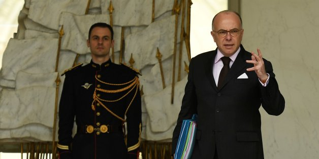 French Prime Minister Bernard Cazeneuve leaves after a cabinet meeting at the Elysee Palace, in Paris, on April 5, 2017. / AFP PHOTO / bertrand GUAY        (Photo credit should read BERTRAND GUAY/AFP/Getty Images)