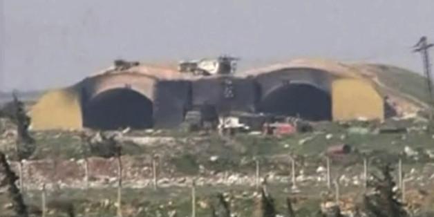 Nach US-Bombardement: Syrische Kampfjets starten offenbar wieder von angegriffenen Stützpunkt