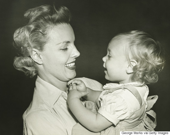 vintage photo mother daughter