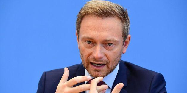 FDP-Chef Christian Lindner verteidigt Donald Trumps Luftangriff