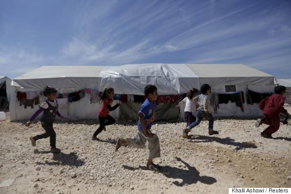 syria refugees april