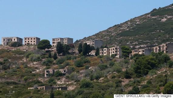 sazan albanian island
