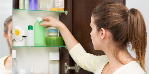 Les indispensables à glisser dans le vanity pour la maternité