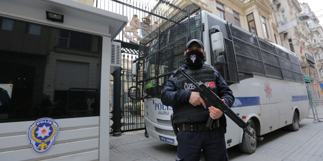 A Turkish riot police stands guard in front of the Dutch Consulate in Istanbul, Turkey, March 11, 2017. REUTERS/Kemal Aslan