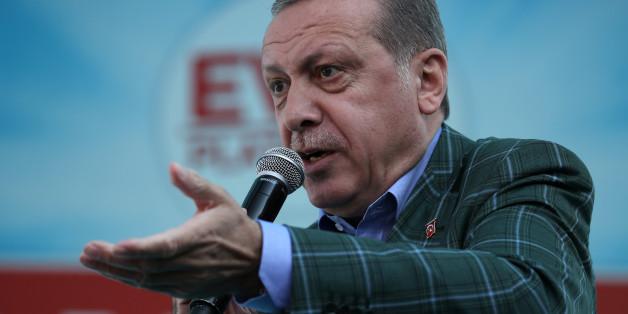 Erdogan erklärt sich zum Sieger – und gratuliert seiner Partei