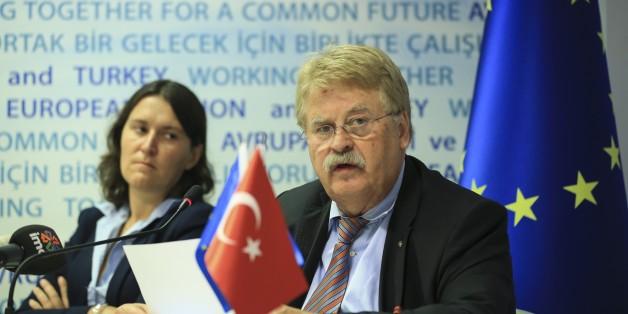 """Europa-Politiker Brok: """"Erdogan kann nicht von einem glorreichen Sieg sprechen"""""""