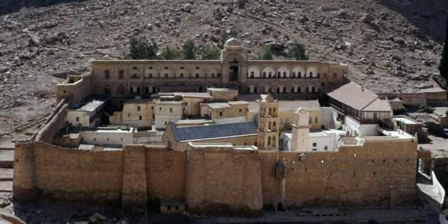 EGYPT - MARCH 5: Saint Catherine's Monastery, 6th century (UNESCO World Heritage List, 2002), Sinai Peninsula, Egypt. (Photo by DeAgostini/Getty Images)