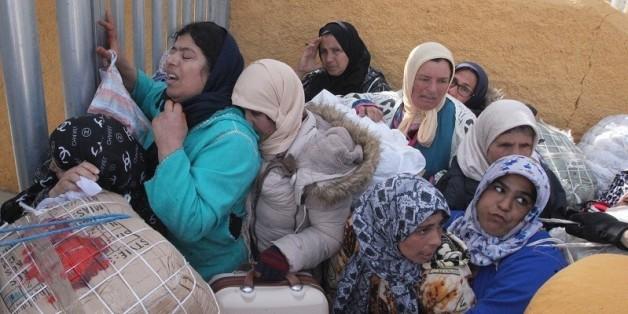 """Cinq femmes """"mulets"""" blessées dans une bousculade à la frontière de Sebta"""