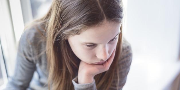 Studie zeigt: Jeder sechste 15-Jährige Schüler in Deutschland wird gemobbt - das können Eltern tun