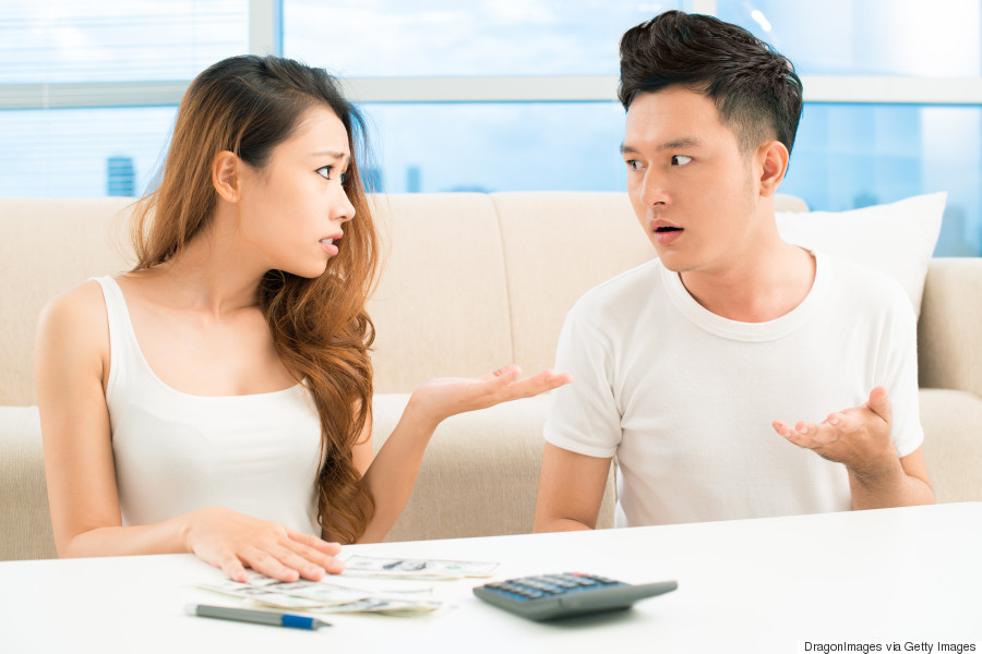 couple fighting money