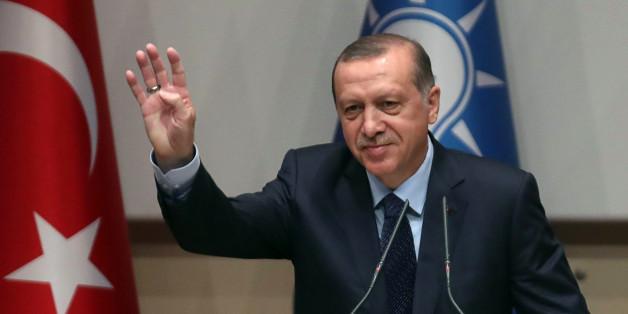 """Der türkische Präsident Erdogan droht der EU damit, """"Auf Wiedersehen"""" zu sagen"""