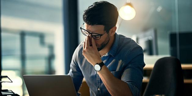 Millionen Menschen sind in ihrer Arbeit unglücklich.