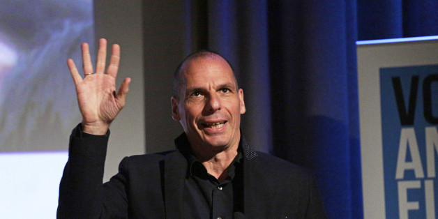 Griechischer Ex-Minister Varoufakis sagt, die EU verabscheut Demokratie - und hat deshalb einen Rat an Theresa May