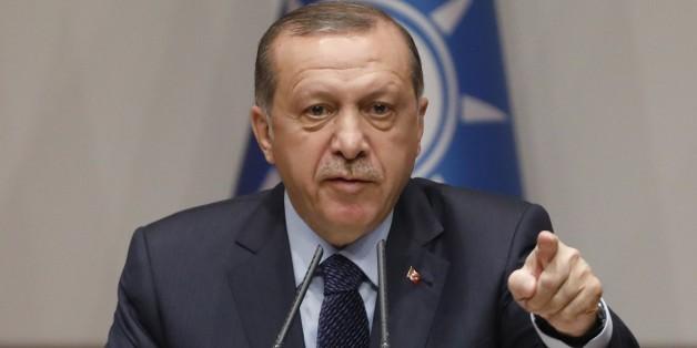 Erdogans Säuberungselle verschärft sich: Jetzt beschlagnahmt die türkische Regierung sogar Bücher