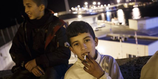 Un jeune marocain clandestin dans l'enclave espagnole de Melilla