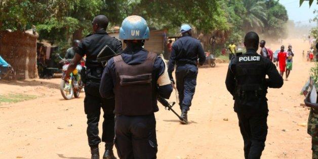 Sept casques bleus marocains ont été blessés, un est porté disparu.