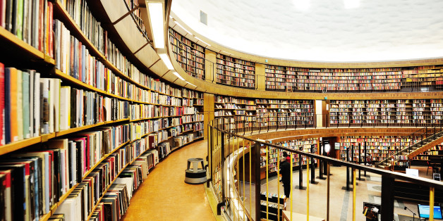 Round library (Public Library of Stockholm, Observatorielunden).