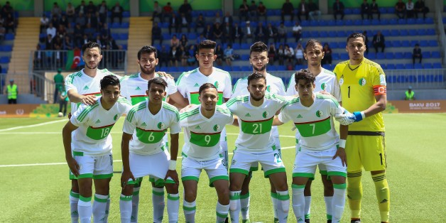 BAKU, AZERBAIJAN - MAY 08 : Algerian team pose for a photo ahead of their match during the elimination match between Turkey U23 and Algeria within multi-sport event; the 4th Islamic Solidarity Games in Baku, Azerbaijan on May 08, 2017. (Photo by Resul Rehimov/Anadolu Agency/Getty Images)