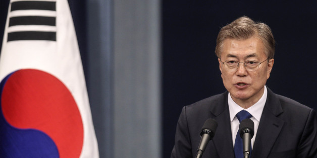 Moon Jae-in, South Korea's president, speaks during a news conference at the presidential Blue House in Seoul, South Korea, on Wednesday, May 10, 2017. Moon pledged to push for peace with North Korea and get tough on South Korea's biggest companies in his first remarks as president after a resounding election win. Photographer: Yao Qilin/Pool via Bloomberg