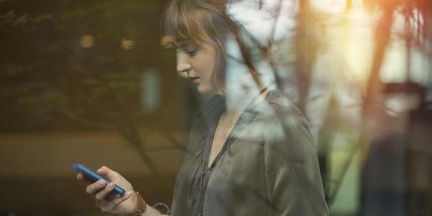 woman_smartphone