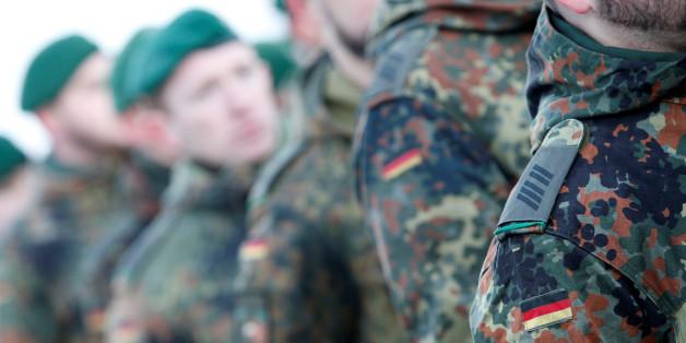 Soldaten der Bundeswehr-Universität München sollen in rechtsextreme Netzwerke verstrickt sein.