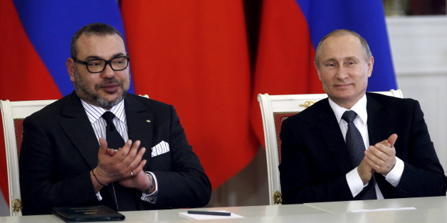 Russia's President Vladimir Putin (R) and Morocco's King Mohammed attend a signing ceremony following the talks at the Kremlin in Moscow, Russia, March 15, 2016. REUTERS/Maxim Shipenkov/Pool