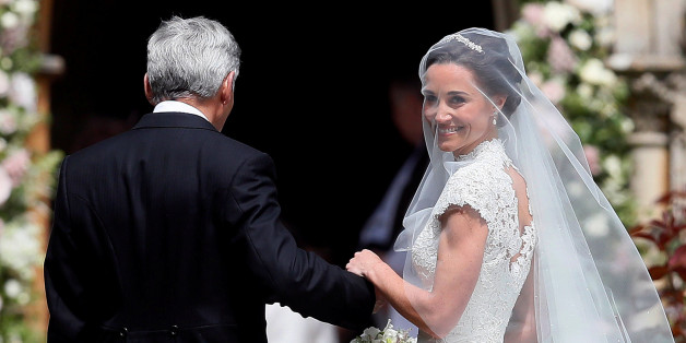 Pippa Middleton, the sister of Britain's Catherine, Duchess of Cambridge, arrives with her father Michael Middleton for her wedding to James Matthews at St Mark's Church in Englefield, west of London, on May 20, 2017.    REUTERS/Kirsty Wrigglesworth/Pool     TPX IMAGES OF THE DAY